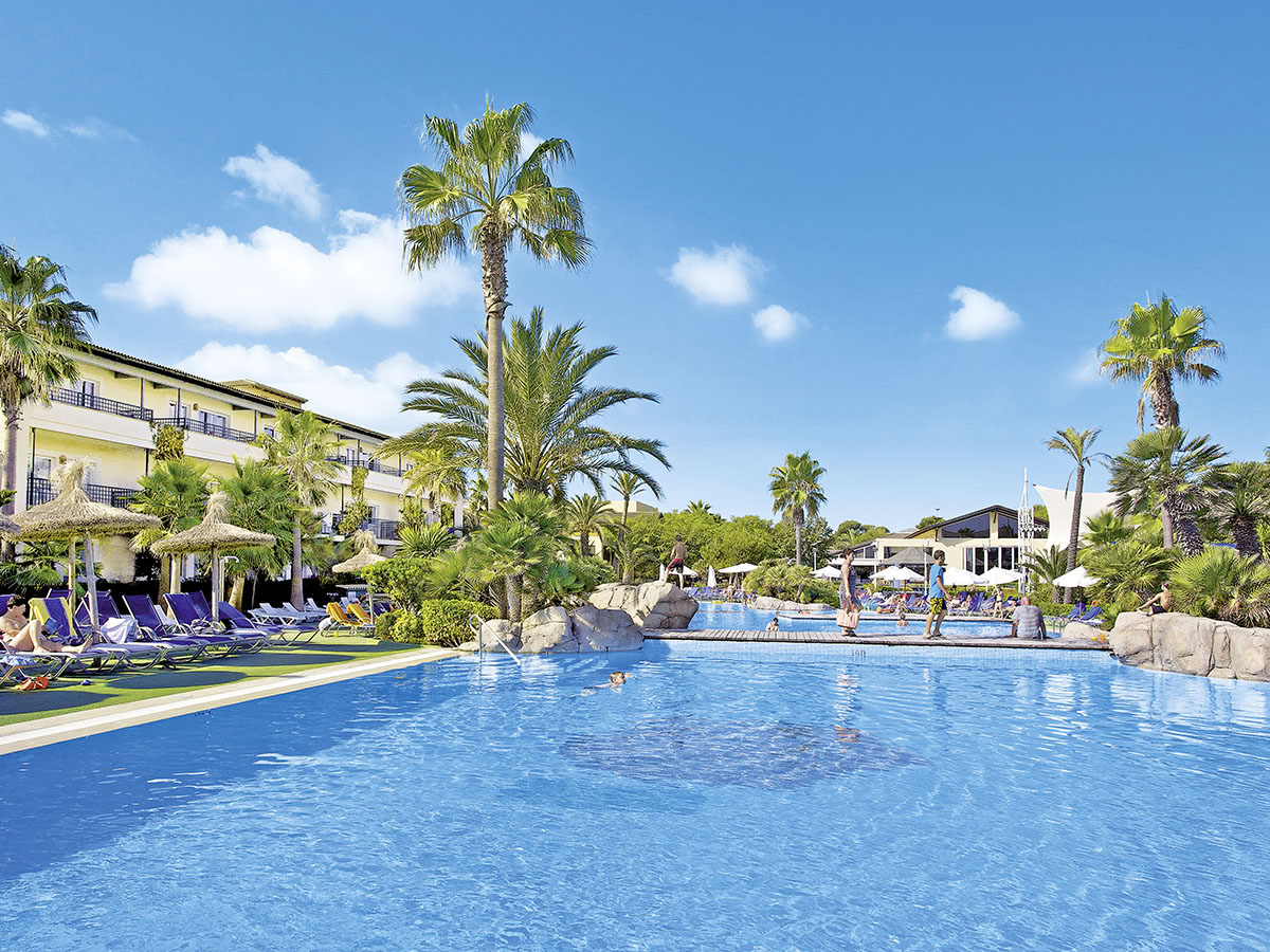 Allsun Hotel Eden Playa Auf Mallorca In Alcudia  Spanien