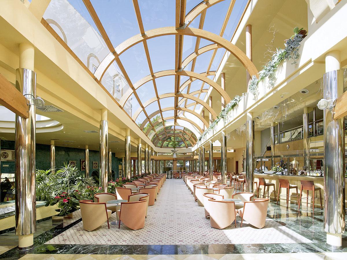 Allsun Hotel Palmira Paradise Auf Mallorca In Paguera Spanien